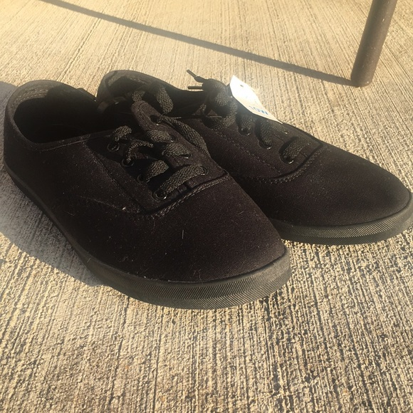 Time and Tru Shoes   312 Time Tru Black